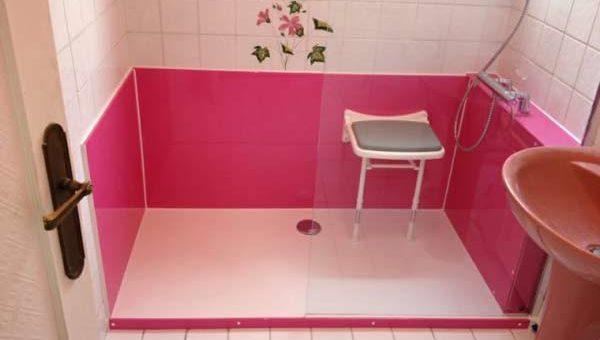 Les caractéristiques d'une douche senior