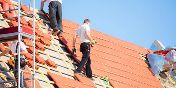 Problèmes de toiture, quand faire appel à un couvreur ?