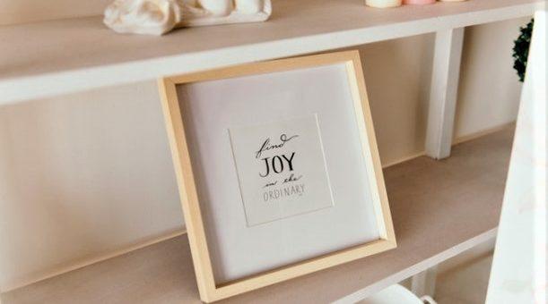 Lettres décoratives : en bois ou en carton ?