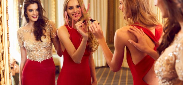L'indémodable robe rouge pour être éblouissante en toute occasion